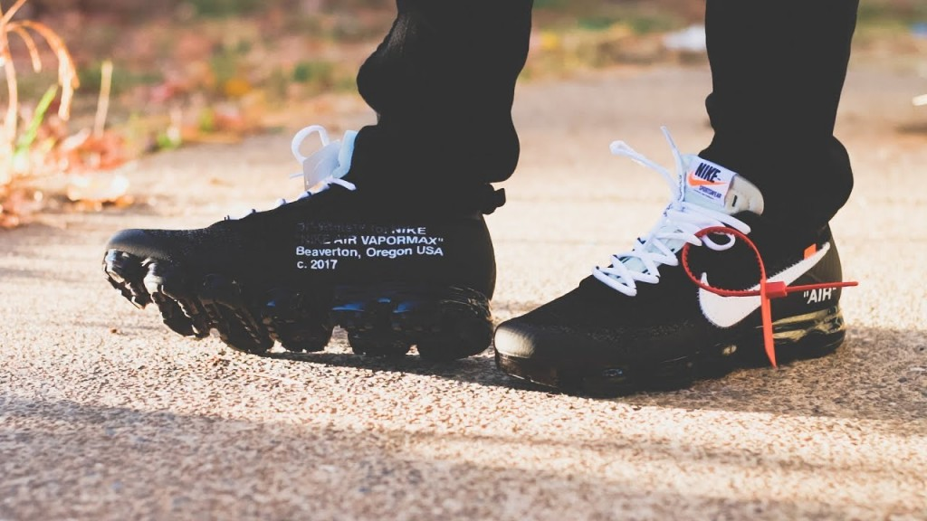 off white vapormax black