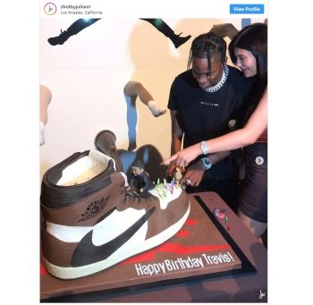 Kylie Jenner Gave Travis Scott a Birthday Cake of His Air Jordan 1 Collab