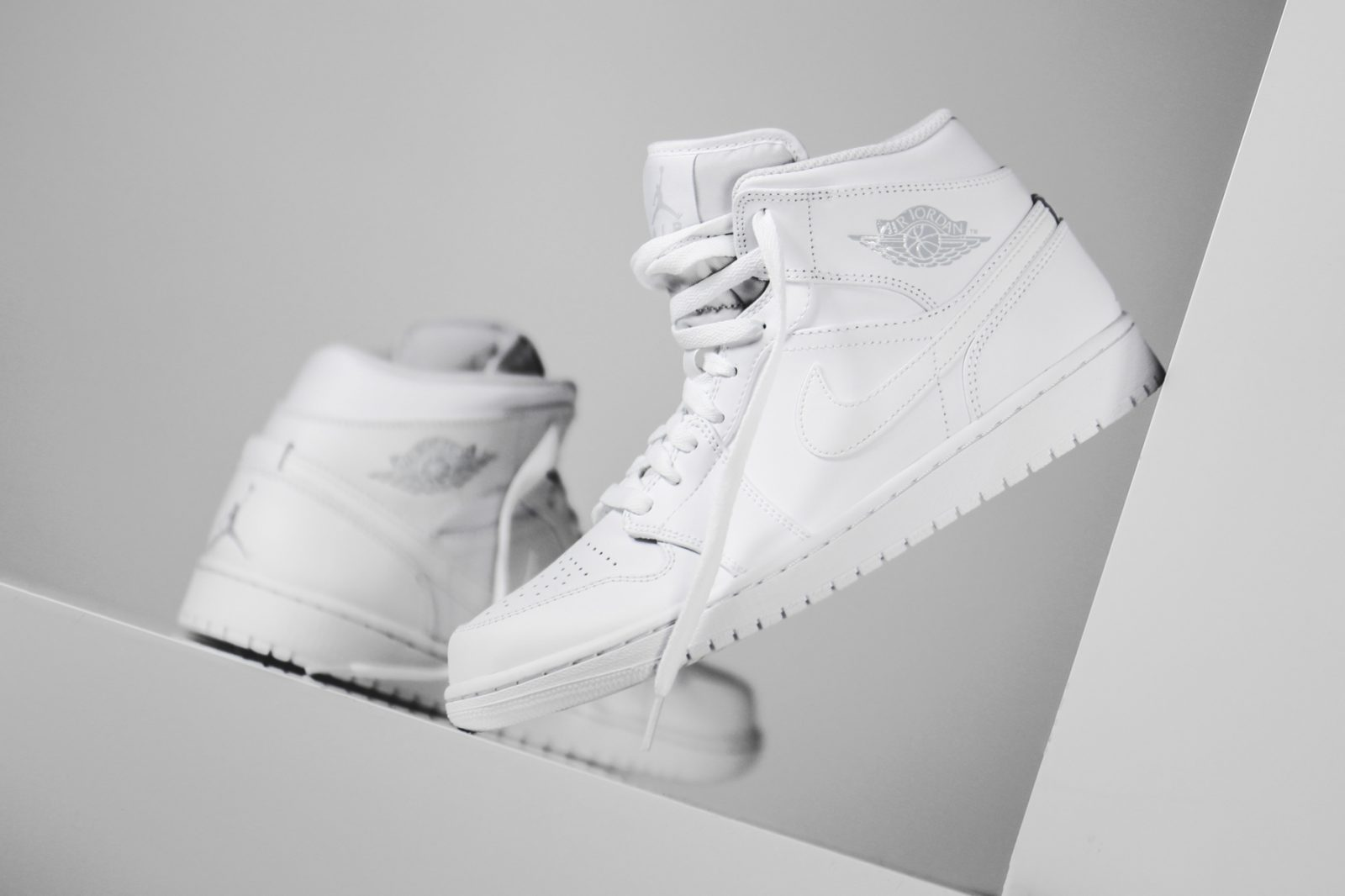 Keep Sneakers Fresh And Spotless