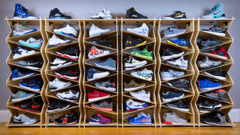 Sneaker storage- Clean Sneakers