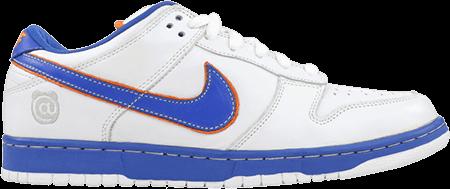 Nike SB Medicom Dunk 1